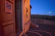 Sorella Luna saluta Obiettivo su Cesano