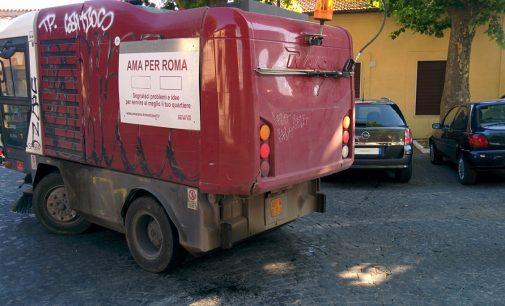 Quarta volta che il Centro Mobile di Raccolta dell'Ama ci viene portato a Cesano