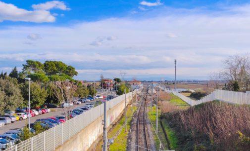 Stazione di Cesano: parcheggio e aiuole di pertinenza