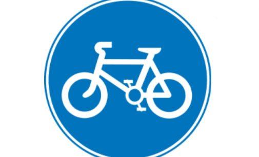 Un marciapiede ciclo-pedonale